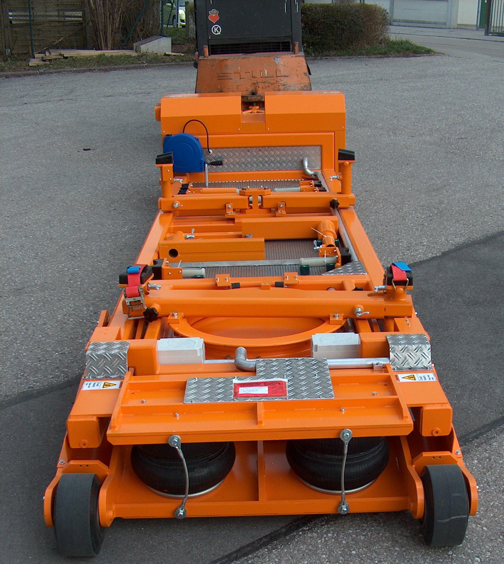 Heli-Trolley, Heli Truck, Helihubwagen, Helicopter Tow, Hubwagen für den Transport von Hubschraubern auf dem Boden